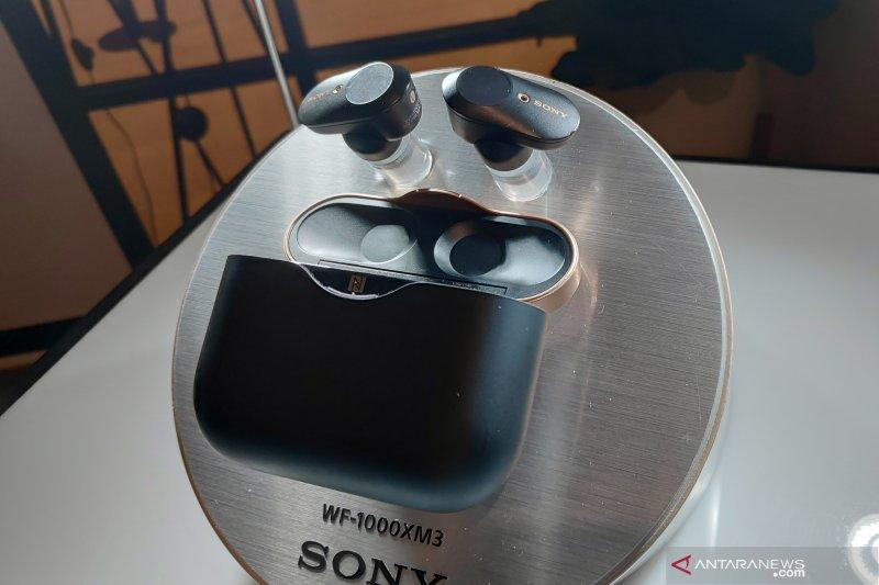 Earphone Sony WF-1000XM3 tawarkan baterai tahan lama