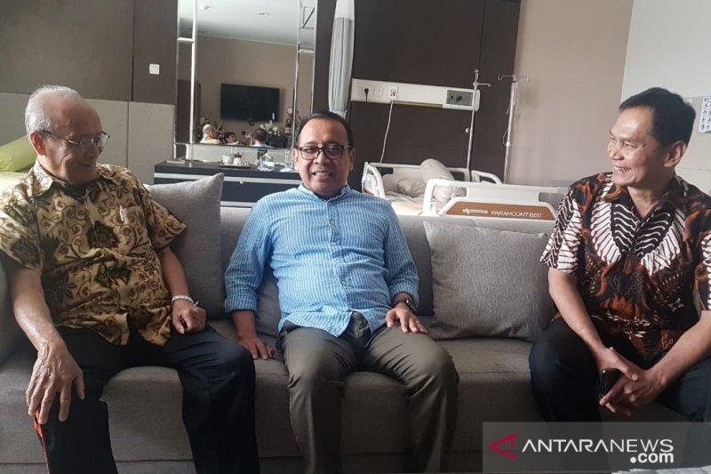 Jokowi utus Mensesneg jenguk Buya Syafii Maarif sedang sakit