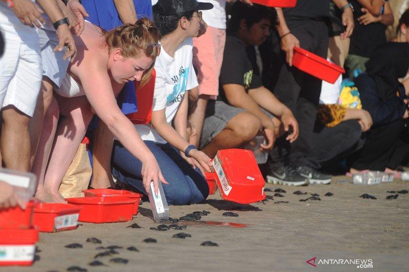 Aksi peduli lingkungan pantai