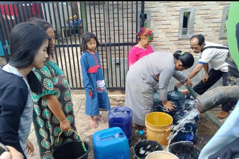 ACT-Lampung beri bantuan droping air bersih ke Bakung