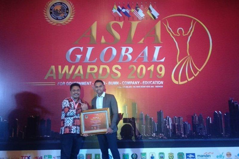 Penghargaan bupati terbaik se-Asia diraih Iti Octavia