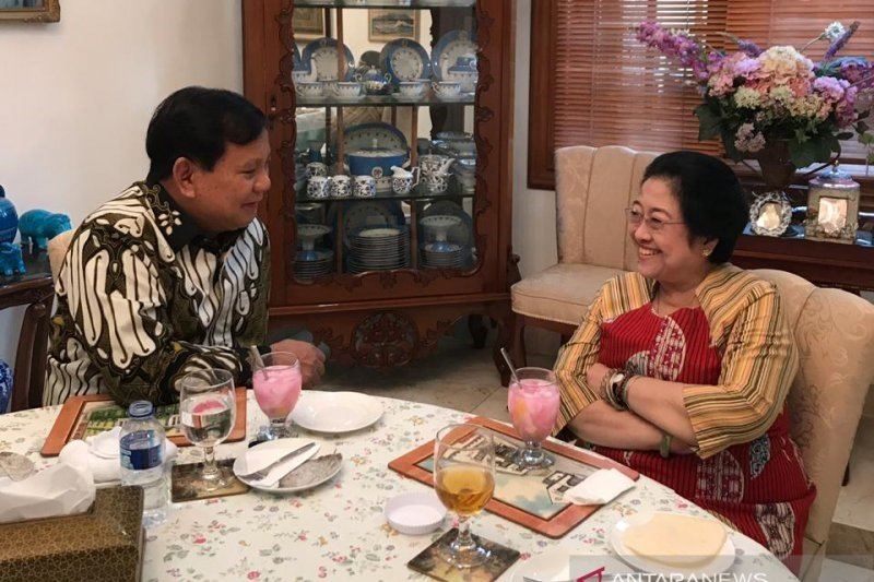 Presiden Jokowi diprediksi persilakan Gerindra bergabung dalam koalisi