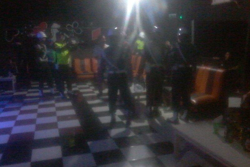 POM Lantamal Manado razia tempat hiburan malam di Manado