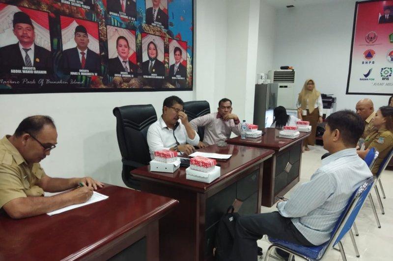 """DPRD Manado ingatkan perusahaan tidak """"sandera"""" ijazah karyawan"""