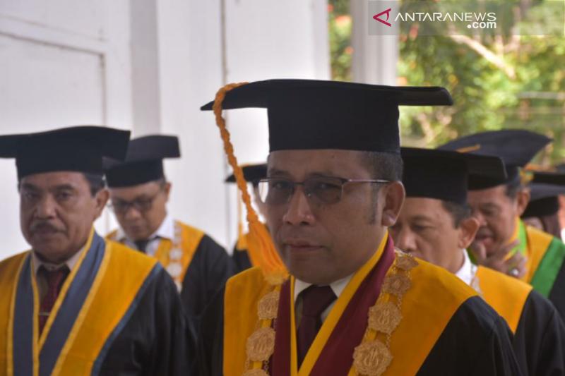 Rektor UHO: IPK modal dasar, bukan modal utama kesuksesan