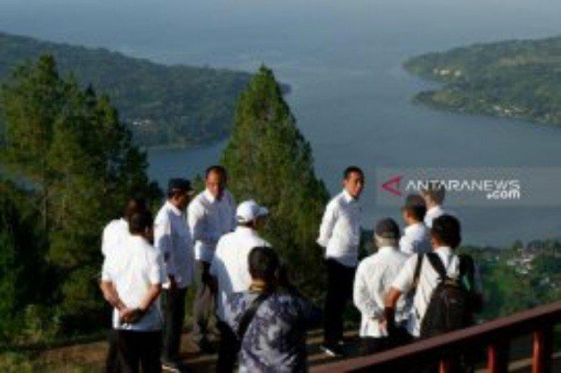 Jokowi kunjungi geosite Sipinsur