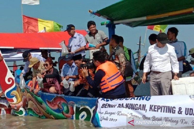 Nelayan Demak diingatkan agar tidak menangkap rajungan bertelur