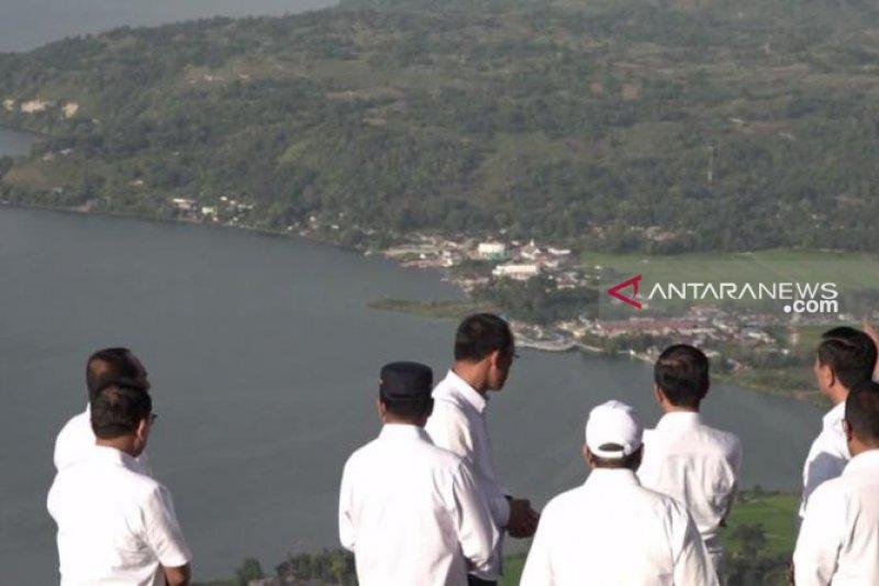 Presiden ultimatum akan cabut izin perusahaan cemari Danau Toba