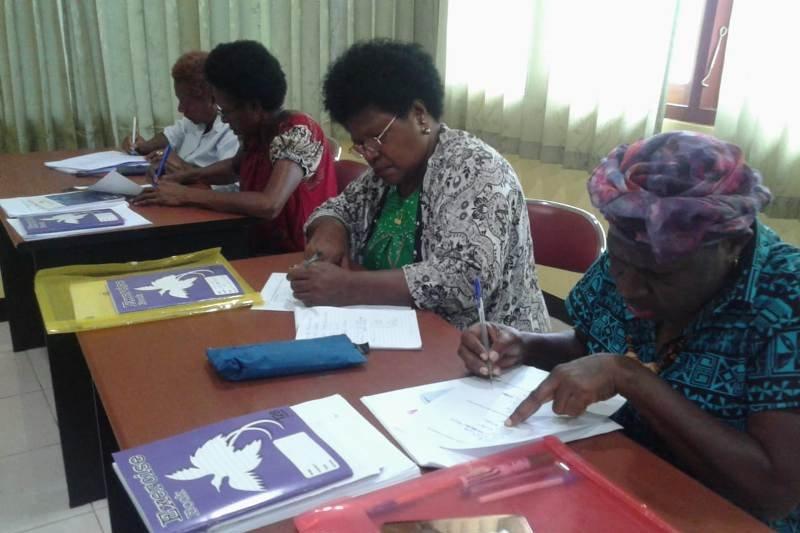 Empat Pengusaha PNG belajar Bahasa Indonesia di Jayapura