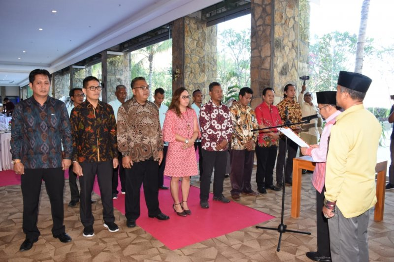 Bupati Lombok Utara melantik BPPD dan kukuhkan Forum Pokdarwis