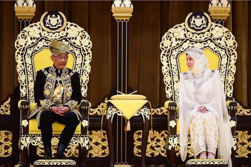 Sultan Pahang dinobatkan sebagai Raja Malaysia ke-16