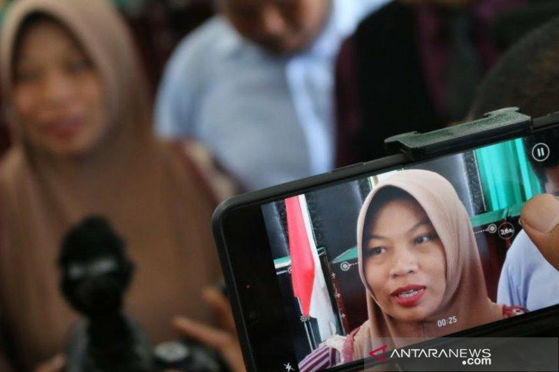 Berita hukum kemarin, Iwa Karniwa hingga amnesti Baiq Nuril
