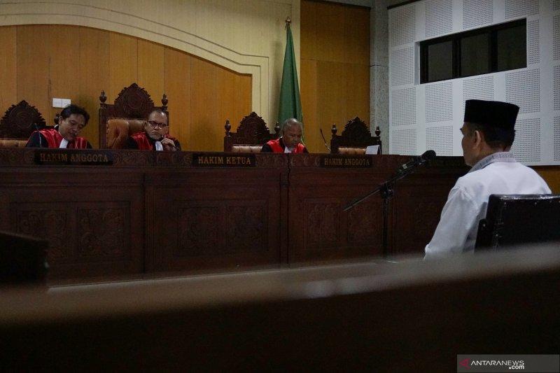 Pejabat Kanwil Kemenag NTB terdakwa pungli dituntut delapan tahun