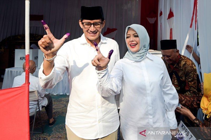 Sandiaga Uno tak ingin hambat istri  berkarir politik