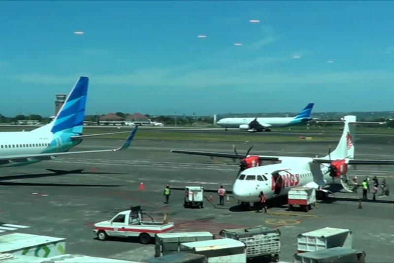 Tarif tiket pesawat LCC berbagai situs perjalanan