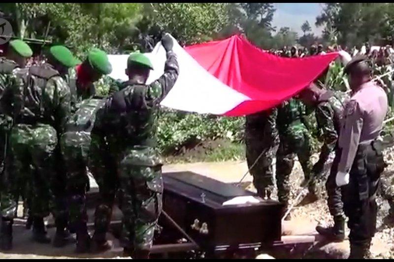 Pemakaman Prada Usman Helembo korban penembakan KKSB Papua