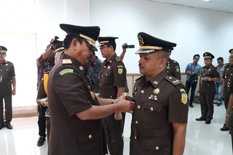 """Pelopor program """"Jaksa Masuk Pasar"""" dilantik jadi Aspidus Kejati Sumbar"""