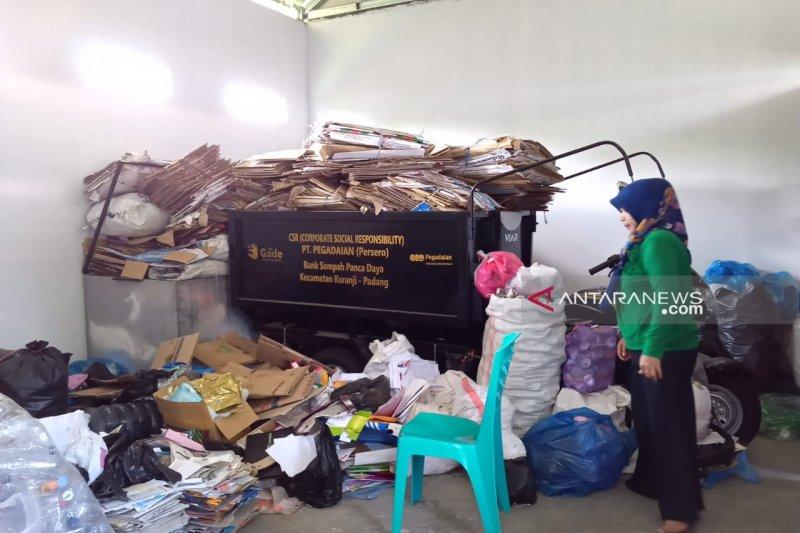 Pegadaian Padang dorong menabung emas dengan sampah