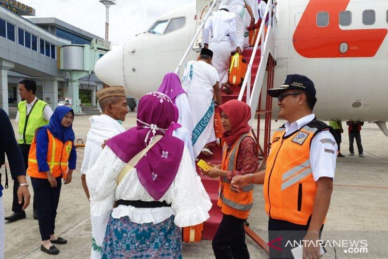 Empat jamaah haji Gorontalo pindah kloter