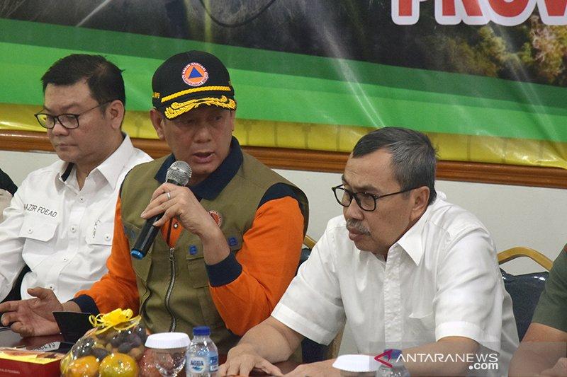 Sentil kepala daerah di Riau agar serius tangani Karhutla, Kepala BNPB: kalau perlu tidur dilapangan