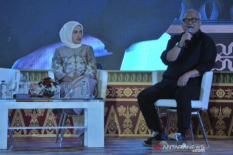 Talkshow Fashion Muslim