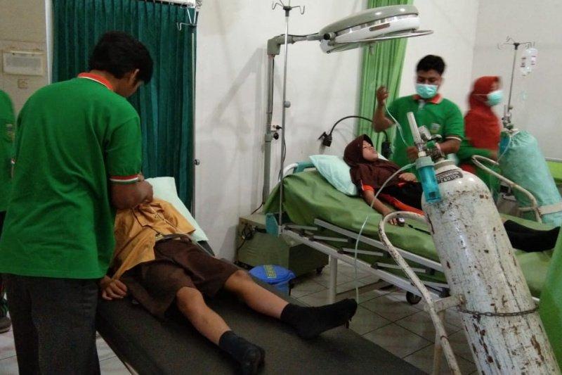 Belasan siswa SD di Kudus diduga mengalami keracunan