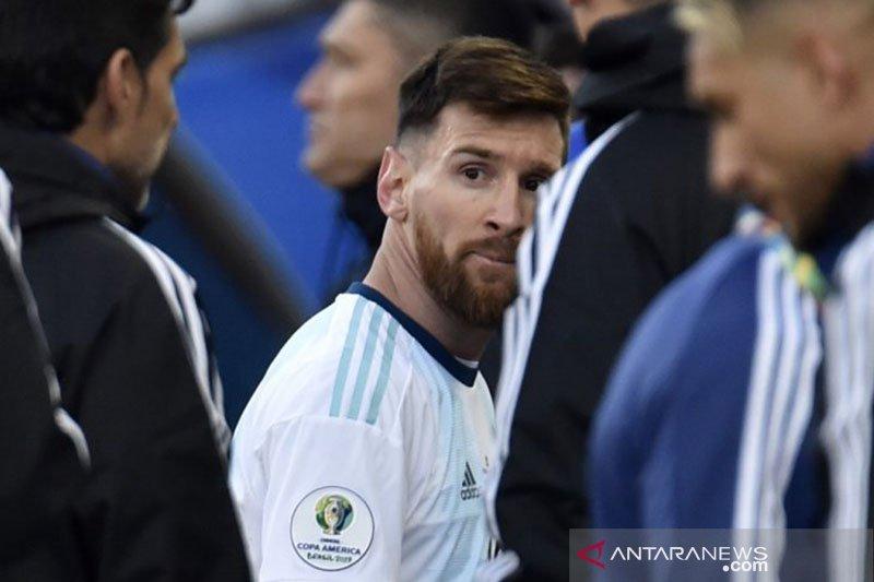 Energi Pique dan Messi saling kompak