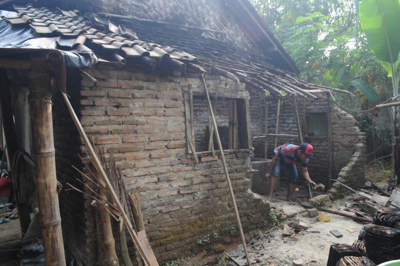 19 rumah di Desa Sinar Jaya rusak pascagempa