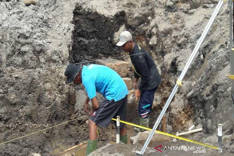 Candi Petirtaan Mantingan Magelang runtuh karena bencana alam