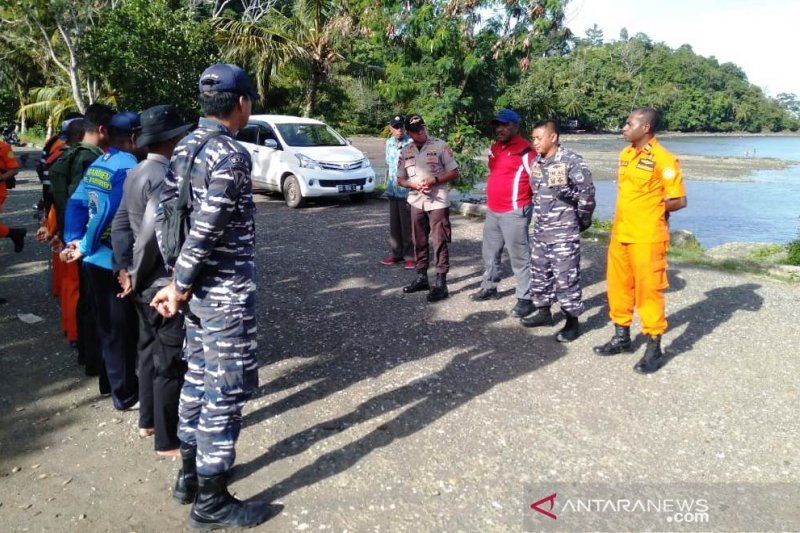 Pos SAR Serui lanjutkan pencarian korban jatuh dari KM Masirei