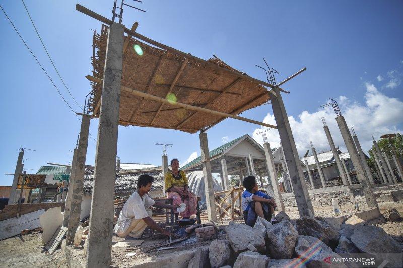 Rumah korban bencana gempa bumi di Lombok belum selesai dibangun