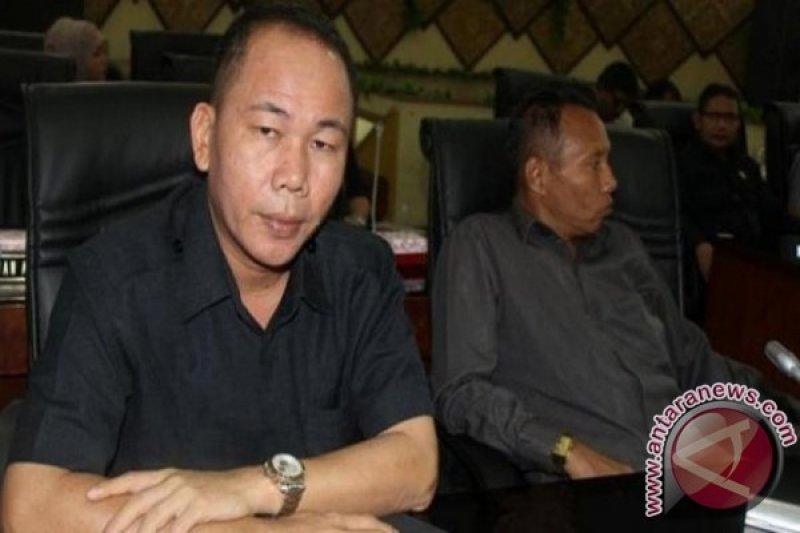 Legislator sayangkan terjadi kekosongan pemerintahan di Padang