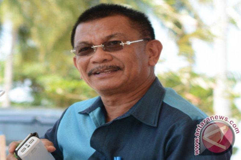 Bupati Parimo minta pejabat baru dilantik kejar Adipura