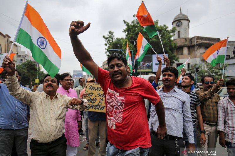 India cabut status otonomi khusus Kashmir
