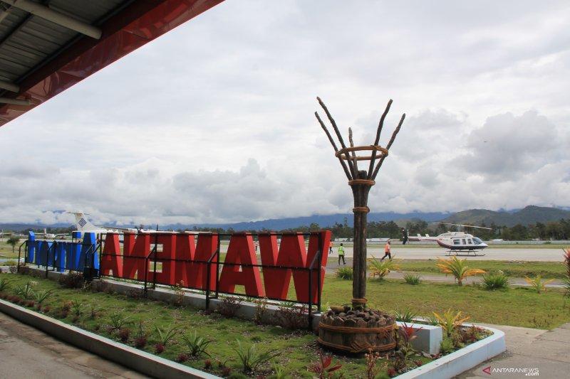 Pemkab Jayawijaya dorong maskapai penerbangan libatkan lebih banyak pilot Papua