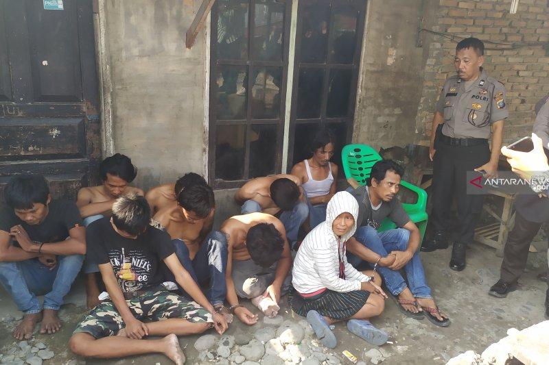 Polisi gerebek kampung narkoba