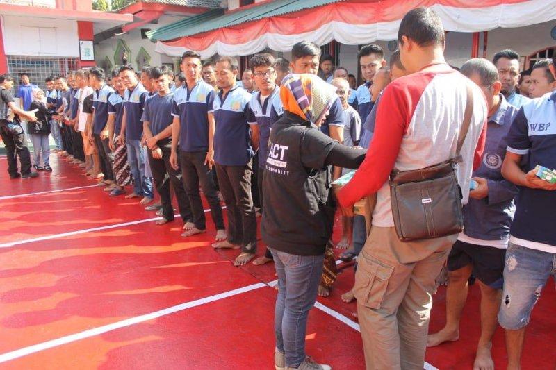 ACT bagikan bantuan kemanusiaan kepada warga binaan Rutan Boyolali