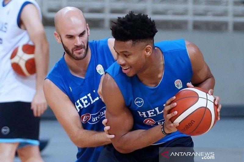 Antetokounmpo rela menukarkan trofi MVP NBA dengan medali juara Yunani