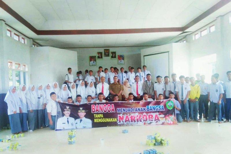 Cegah narkoba, ratusan siswa SMAN 1 Padang Gelugur ikuti sosialisasi