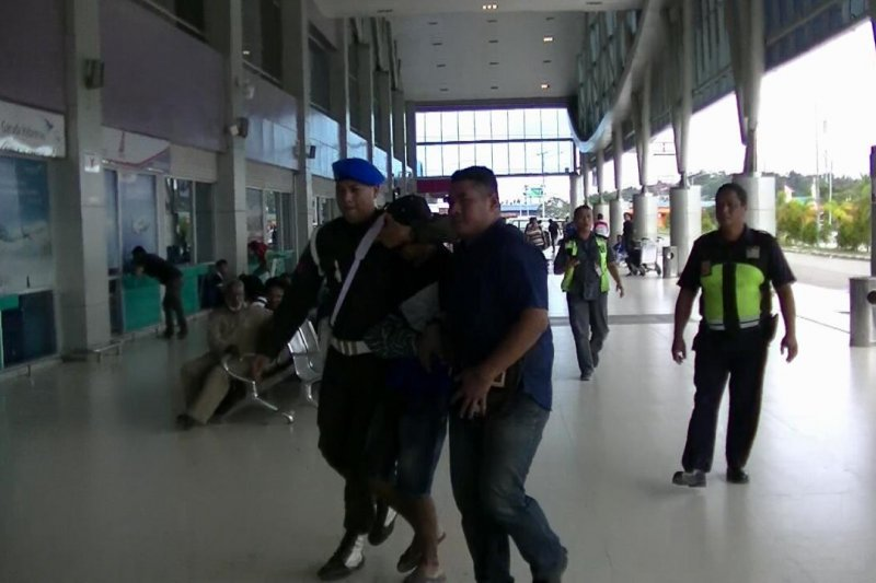 Oknum TNI diduga jual amunisi diterbangkan ke Jayapura