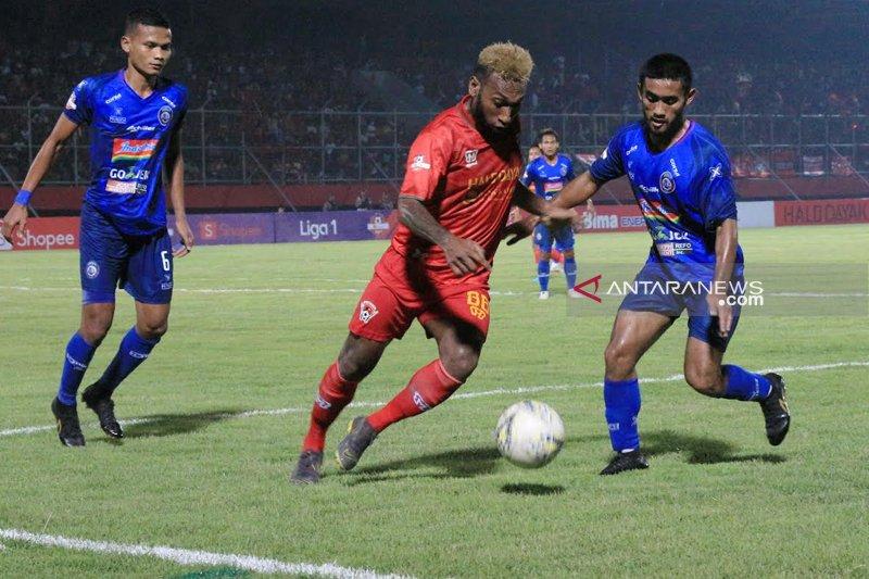 Kabut Asap Warnai Kemenangan Kalteng Putra atas Arema FC