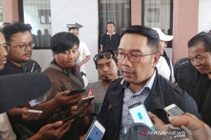 Ridwan Kamil minta Pertamina bertanggung jawab atas minyak tumpah Karawang