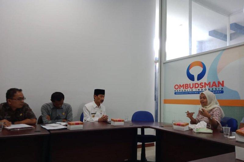 Bupati Solok Selatan penuhi panggilan Ombudsman Sumbar