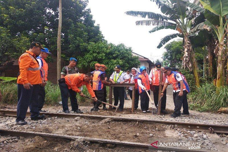 Pemerintah tutup enam perlintasan liar di lintas Medan-Binjai Sumut