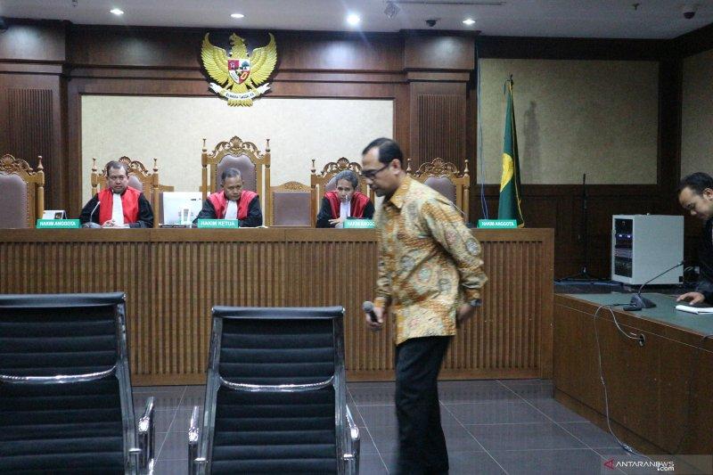 Kakanwil Kemenag Jatim Haris Hasanudin divonis 2 tahun penjara