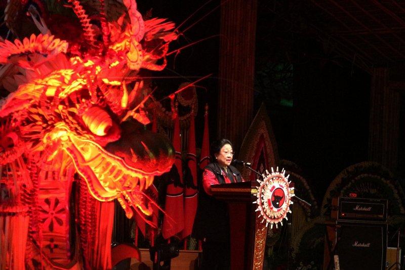 Isyarat politik Mega kepada koalisi soal Puan Ketua DPR