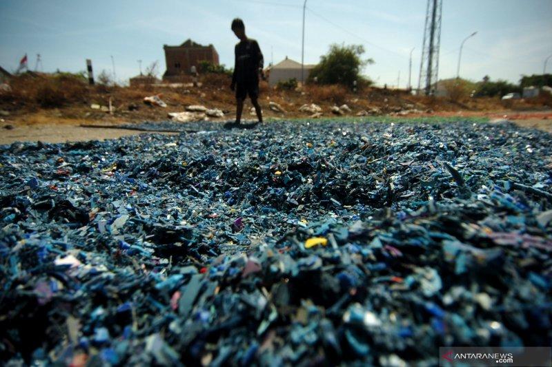 Produksi sampah di Mitra berkurang 2 ton