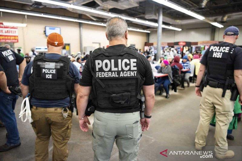 Warga Meksiko diduga jadi korban operasi rahim di imigrasi AS