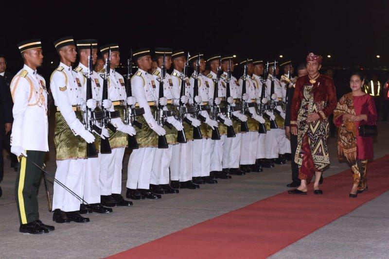 Jokowi dan Mahathir dijadwalkan salat Jumat bersama