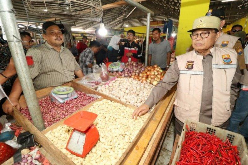 Gubernur Jambi cek harga kebutuhan pokok jelang Idul Adha